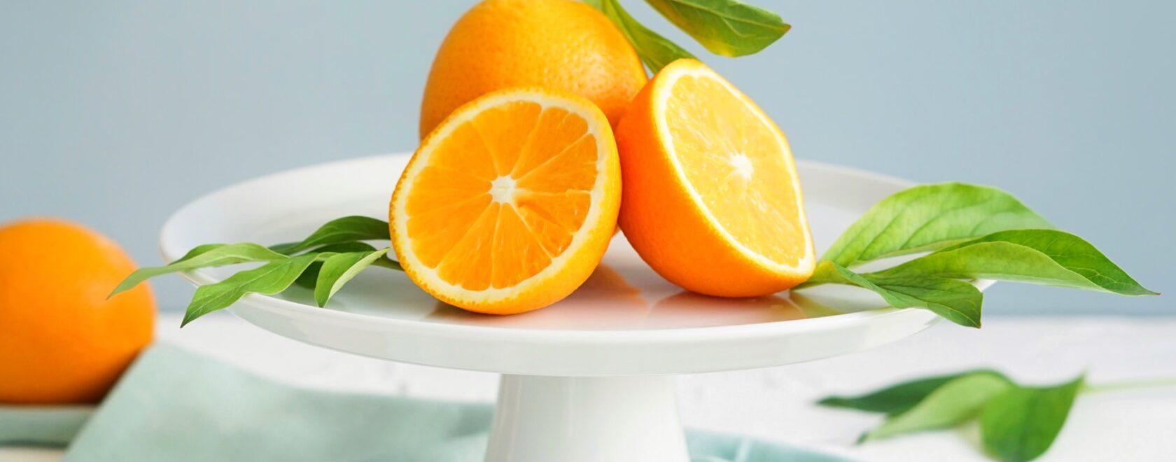 Ile witaminy c jest w pomarańczy